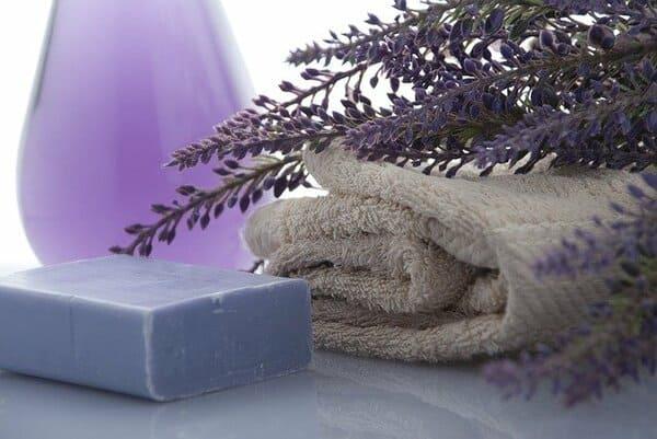 Jabón de lavanda artesanal
